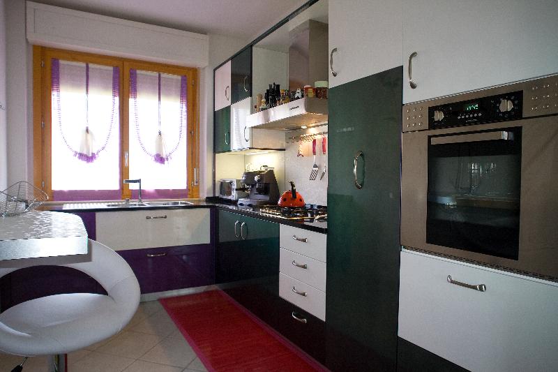 Msl polini arredamenti personalizzati cucina moderna msl polini arredamenti personalizzati - Mobili cucina su misura ...