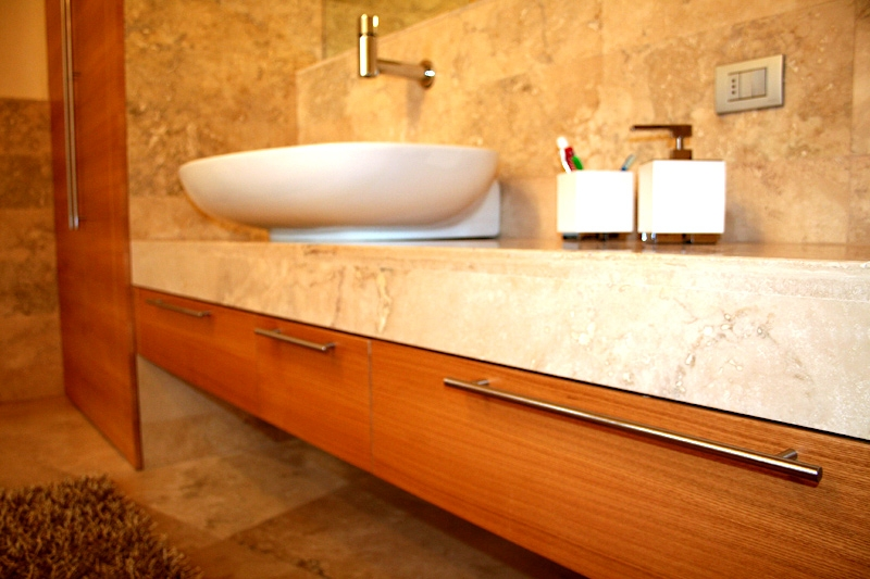 Pin Bagno In Marmo E Legno Internal Design on Pinterest